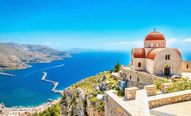 are-you-planning-to-go-on-summer-vacation-to-corfu-you-should-definitely-not-miss-these-places